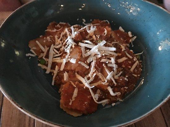 S Y Kitchen: Postage stamp pasta with short rib ragu