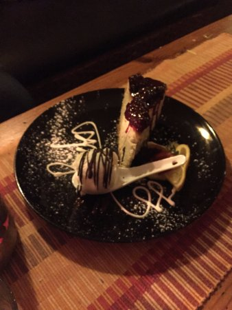 Rick's Cafe Americain: Moroccan Lime Cheese Cake with Vanilla Bean Ice Cream