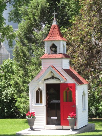 Elk Horn, Айова: Small chapel on the grounds