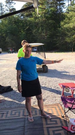 Hidden Creek Camping Resort: the manager attacking us