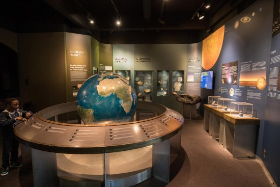 Yale Peabody Museum of Natural History: Minerals