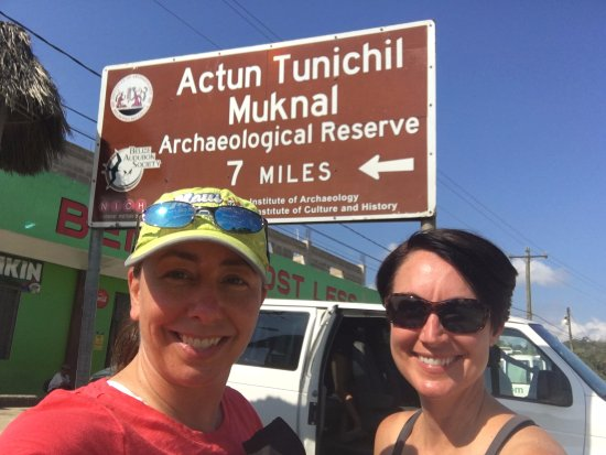 Actun Tunichil Muknal : Transferring from our driver to the tour group.
