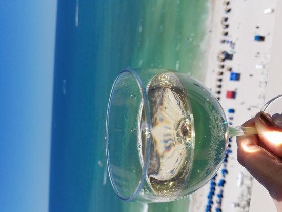 Sunrise Beach Resort: 20170526_130846_large.jpg