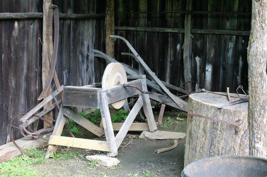 Hardy, VA: Blacksmith Shed