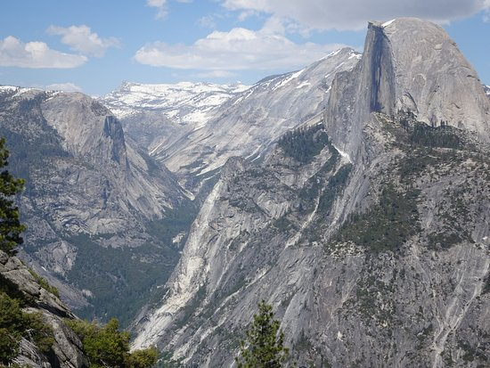 Yosemite Close Up Tours: View from Glacier Point