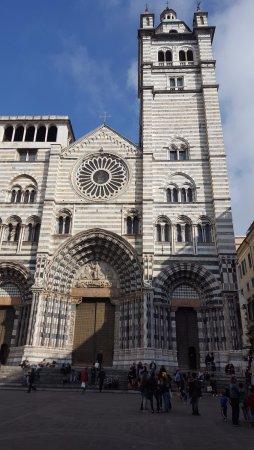 Cattedrale di San Lorenzo - Duomo di Genova : Фасад