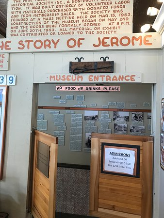 Jerome, AZ: entrance