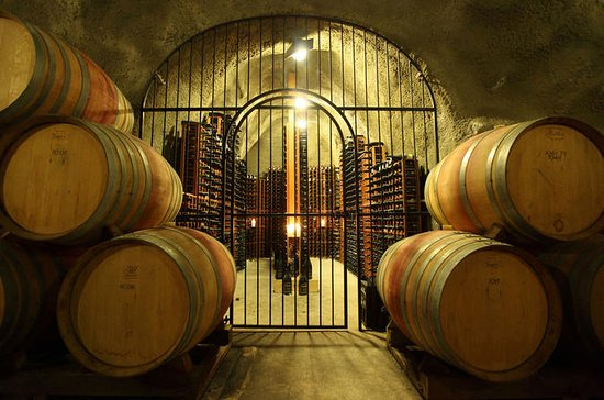 Full-Day Premium Queenstown Wine Tour