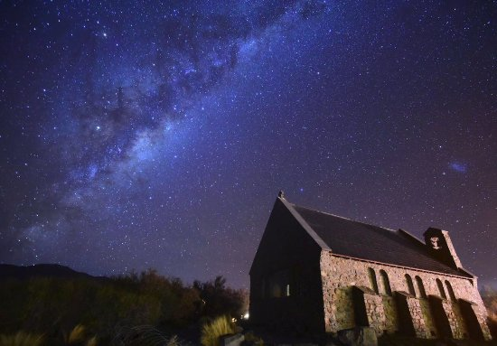 Pray For Christchurch Hd: Milky Way Above The Chapel Near Lake Tekapo