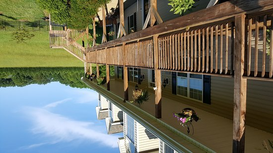 Landrum, Южная Каролина: Glassy View Bed and Breakfast