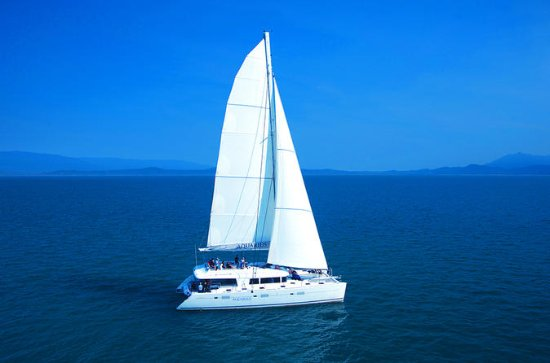 Aquarius Luxury Sailing to Outer ...