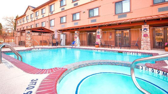 Athens, TX: Pool with Jacuzzi