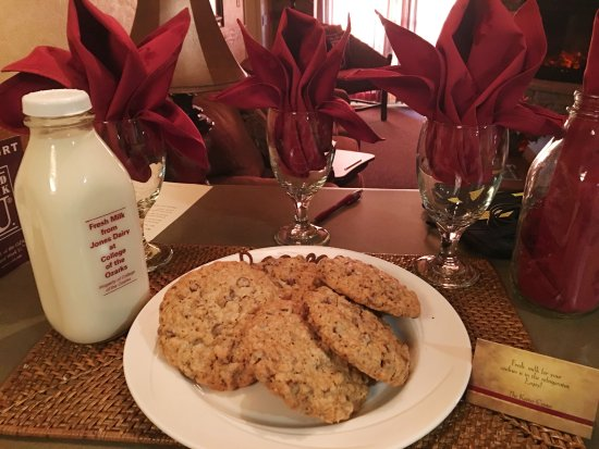 The Keeter Center at College of the Ozarks - Lodging: cookies and milk before bed
