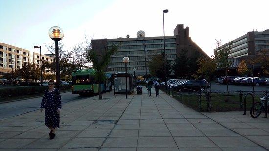 Hilton Washington DC / Rockville Executive Meeting Center: Metro station