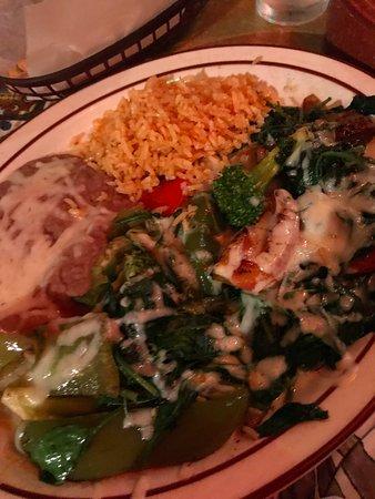 El Mirasol: Vegetable machaca... very bland. But filled my need for veggies.