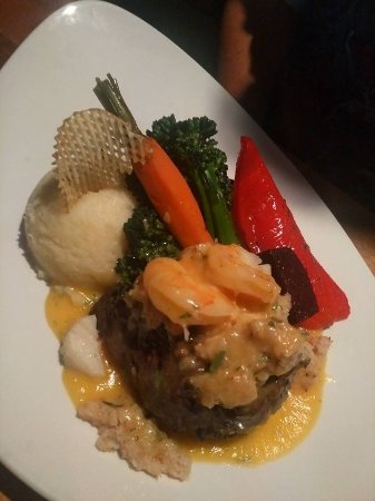 The Prime Chophouse and Wine Bar: Steak Oscar - husbands plate, not wheat/dairy free