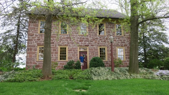 Reinholds, PA: Front of Brownstone