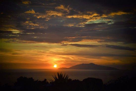 Villa Damecuta: tramonto di fine maggio
