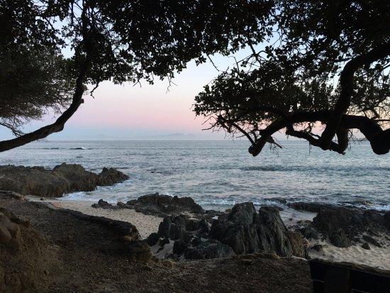Gordon's Bay, South Africa: Dawn towards Cape Town