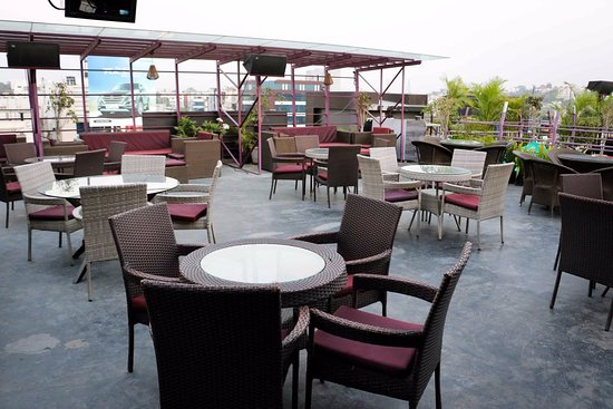 Roof Top - Picture of Xtreme Sports Bar & Grill, Hyderabad