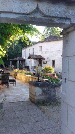 Le Moulin De Vigonac: terrasse de la réception