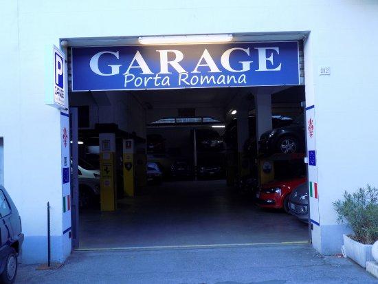 Garage convenzionato - Picture of Soggiorno Pitti, Florence ...