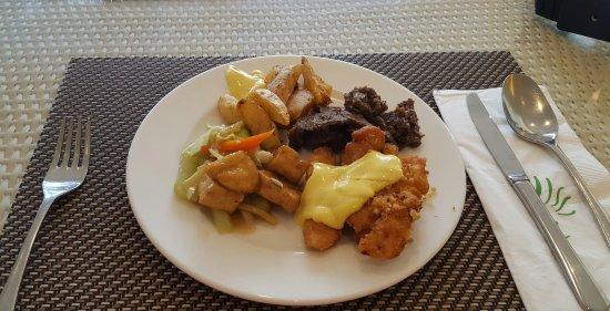 Food Here Sucks Review Of Pico Sands Restaurant Nasugbu