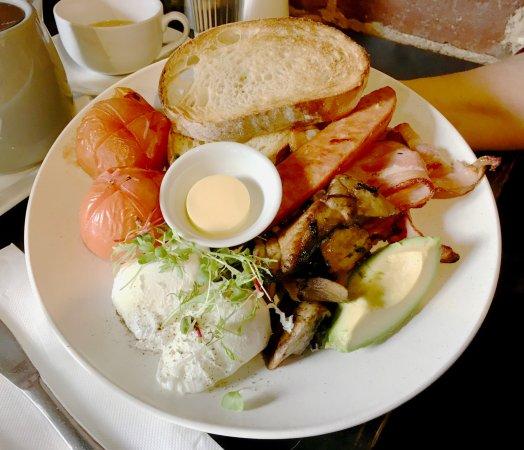 Corner Store Cafe: The big breakfast
