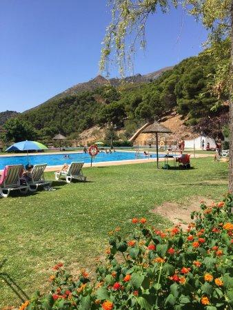 Casarabonela, Spagna: klein Zwembad, maar zeker de moiete waard van het bezoeken.
