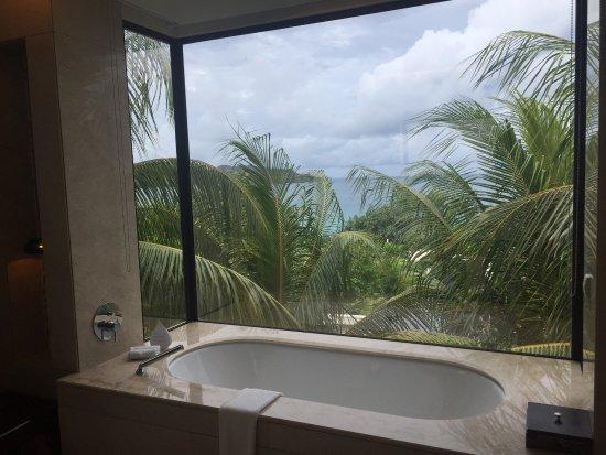 Raffles Seychelles: photo1.jpg