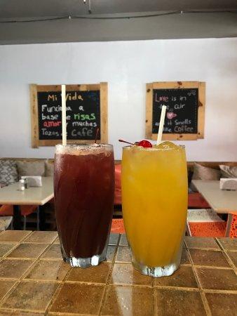 Palmer, Πουέρτο Ρίκο: Sangrías Roja o Blanca. Deliciosas