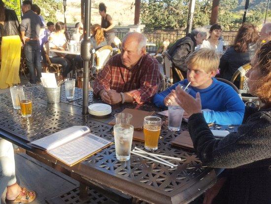 Agoura Hills, Californien: Außenterrasse des Lafyface