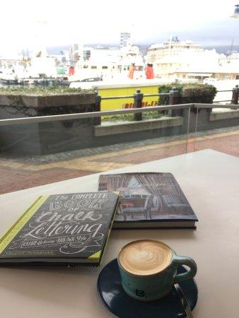 Exclusive Books Café, draußen.