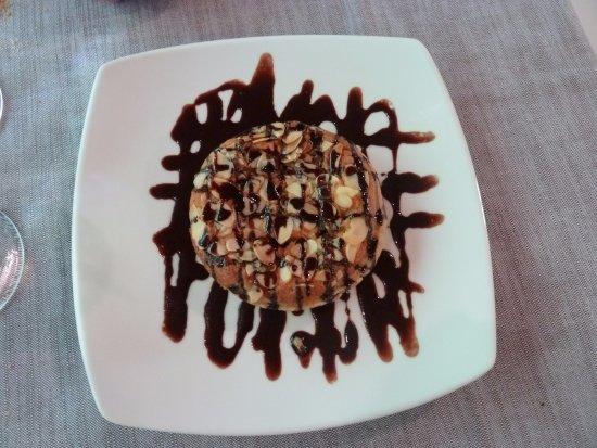 Maubec, France: Dessert 1