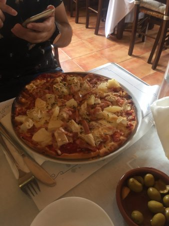 Mollina, Spanien: Pizza a su gusto
