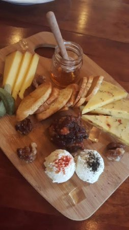 Reedsville, PA: Local Cheese Board
