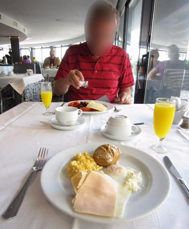 Hotel Calipolis: Breakfast