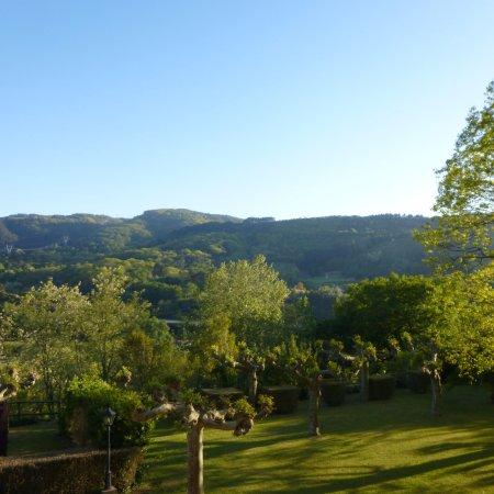 Biriatou, France : Vue sur les Jardins et la Vallée de la Bidassoa