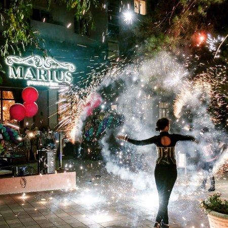 Marius Cafe