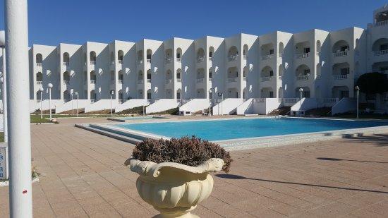 Hotel Ezzahra Dar Tunis : 20170529_162904_large.jpg