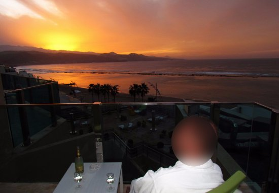 Reina Isabel Hotel: Sunset from Suite #671