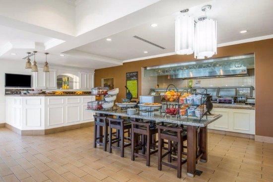 Hilton Garden Inn Wichita UPDATED 2017 Prices Hotel Reviews