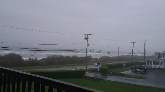 Hartman's Briney Breezes Motel: View in the rain