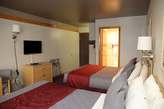 Butte, MT : Two Double Beds