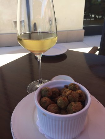 Garre Vineyard and Winery: Fried Olives