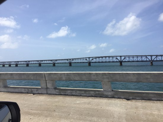Seven Mile Bridge: Beautiful old bridge from the new one