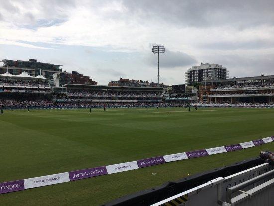 Lord's Cricket Ground : photo1.jpg