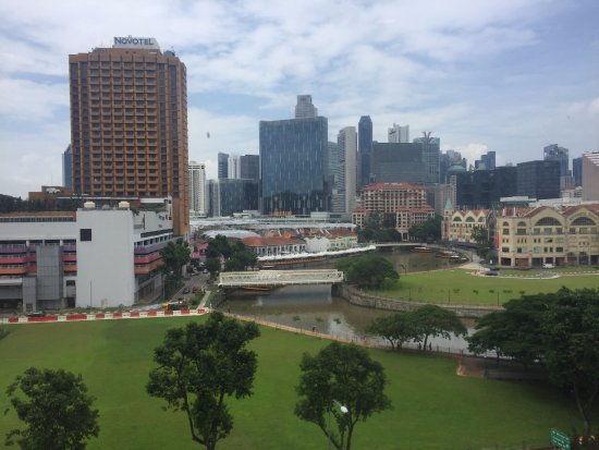 Park Avenue Clemenceau : Singapore river view from the room