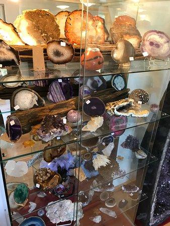 Saint-Ferriol, Frankrike: Boutique des pierres semi-précieuses