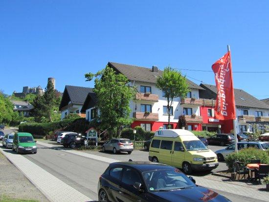 Race-Hotel zur Burg